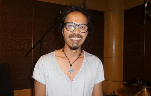 Biografi Ipang Lazuardi - Lorong Musik