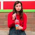 Hailee Steinfeld estrela a comédia adolescente 'Quase 18'