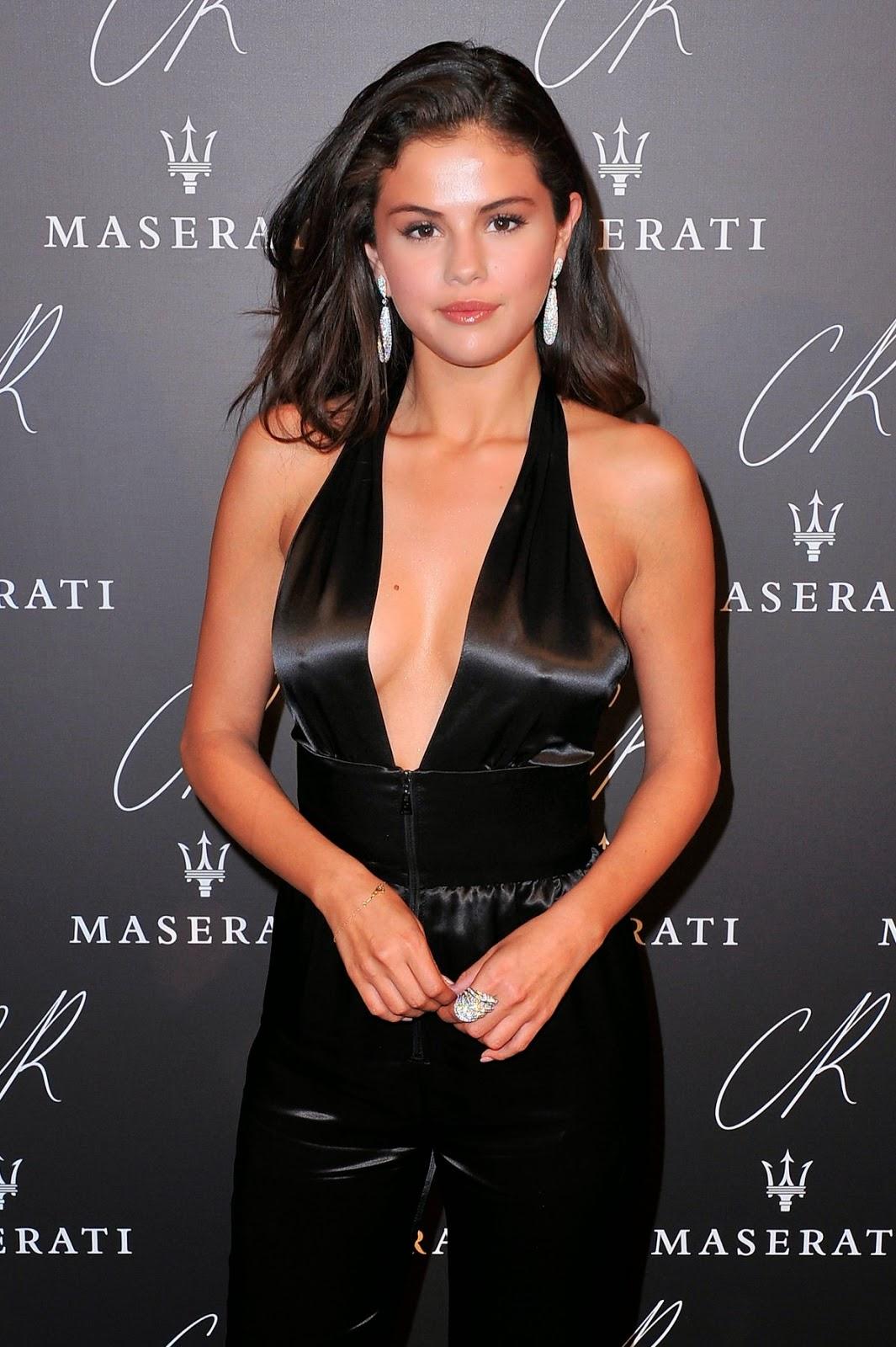 Selena Gomez Cr Fashion Book Issue 5 Cr Fashion Book Issue