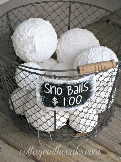 https://www.cottageintheoaks.com/2011/12/snowballs-with-no-snow/