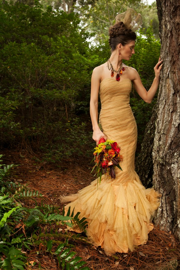 hunger+games+catching+fire+wedding+katniss+peeta+gale+red+black+gold+inspiration+theme+party+birthday+dress+cake+bouquet+jennifer+lawrence+josh+hutchinson+liam+hemsworth+sam+calflin+lilly+and+lilly+photography+20 - Catching Fire