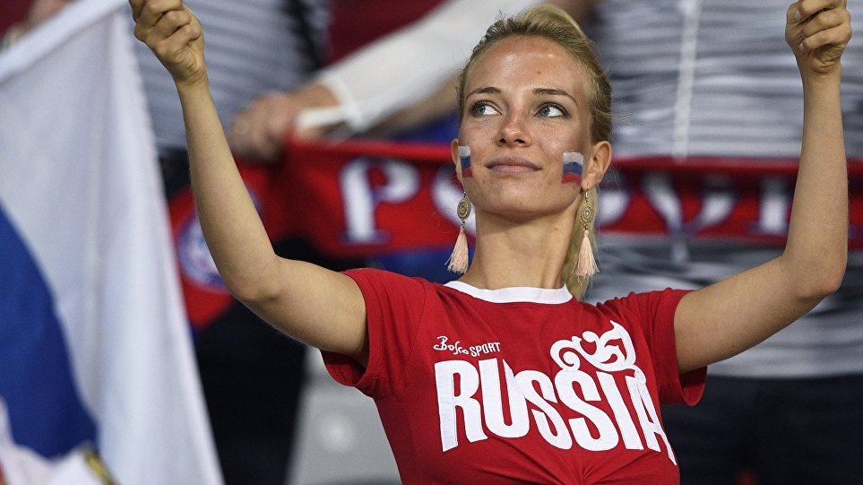 Ρωσία: Χαμός με διαφήμιση του Burger King που υπόσχεται αμοιβή σε όποια μείνει έγκυος από ποδοσφαιριστή