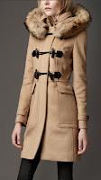 Burberry 2013 Bayan Kaban ve Manto Koleksiyonu