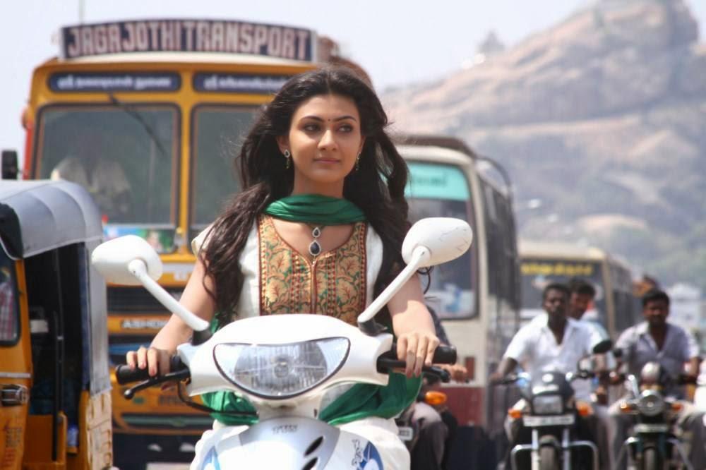 , Neelam Upadhyay Om Shanthi Om Movie Hd Wallpapers