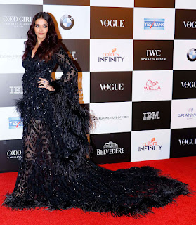 Aishwarya Rai in Black at the Vogue Women of the Year Awards 2017 at Grand Hyatt el