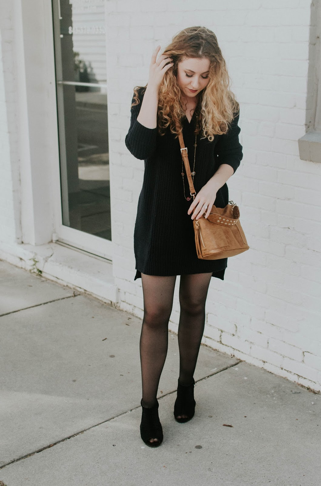 how-to-style-oversized-sweater-dress-tobi