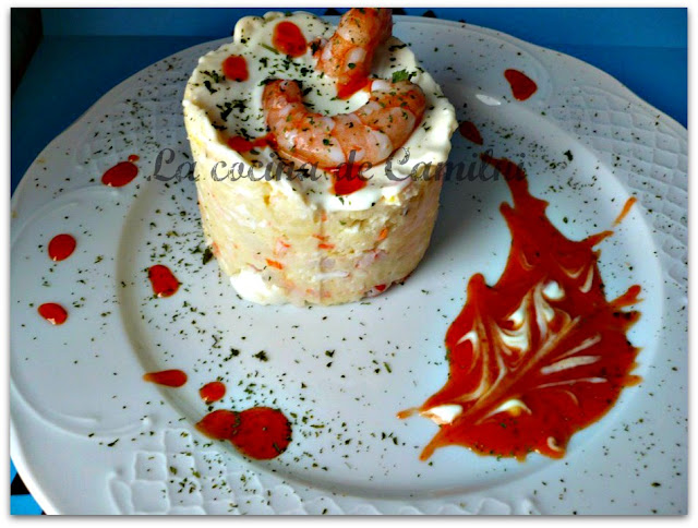 Ensaladilla de surimi y langostinos (La cocina de Camilni)