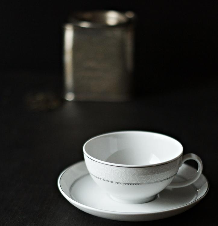 Blog & Fotografie by it's me! - Typisch für ... mein Frühstück - Teetasse und Untertasse