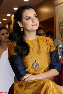 Dia Mirza Attends Power Women Seminar To Celete Womens Day 034.JPG