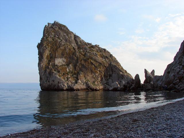 Достопримечательности Ялты - Скала Дива в Симеизе
