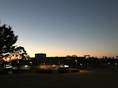 イメージ画像:夜の公園