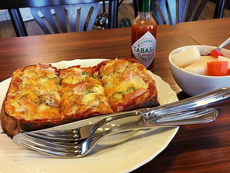 静岡県浜松にある自家焙煎珈琲のお店『きの珈琲』のピザトースト