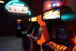 Tron en el Arcade de Flynn