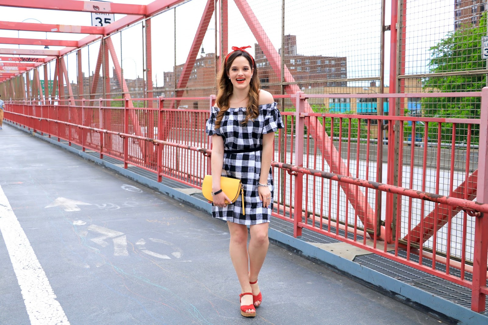 New York fashion blogger Kathleen Harper in summer outfit