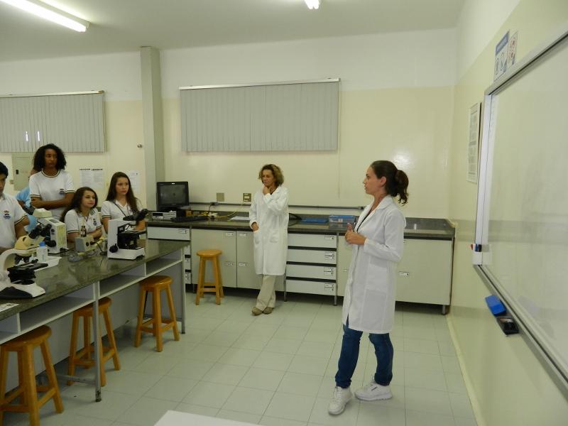 Fantástico Laboratorio De Anatomía Humana Fotos - Imágenes de ...
