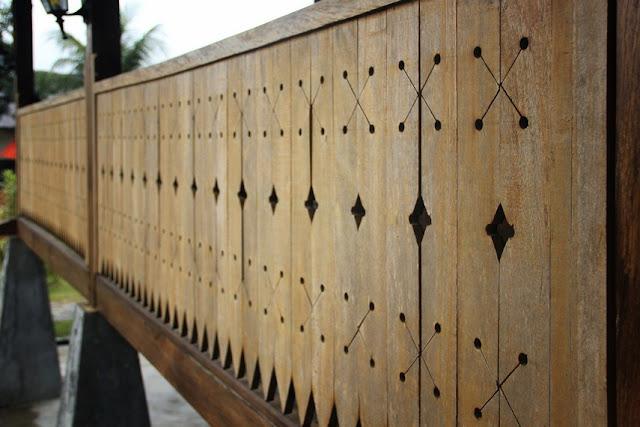Ornamen rumah adat Bangka Belitung