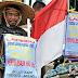 Air Mata Hari Suwandi Muncul di Iklan Politik Bakrie