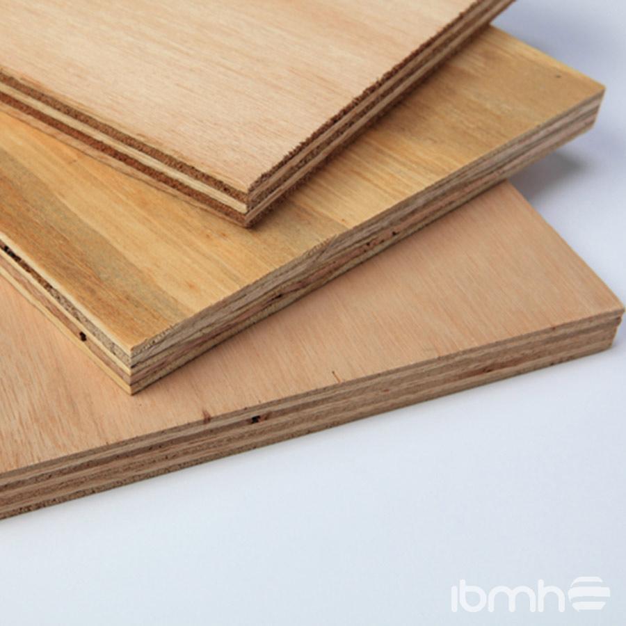 Maderas tipos de maderas for Planchas de madera para paredes