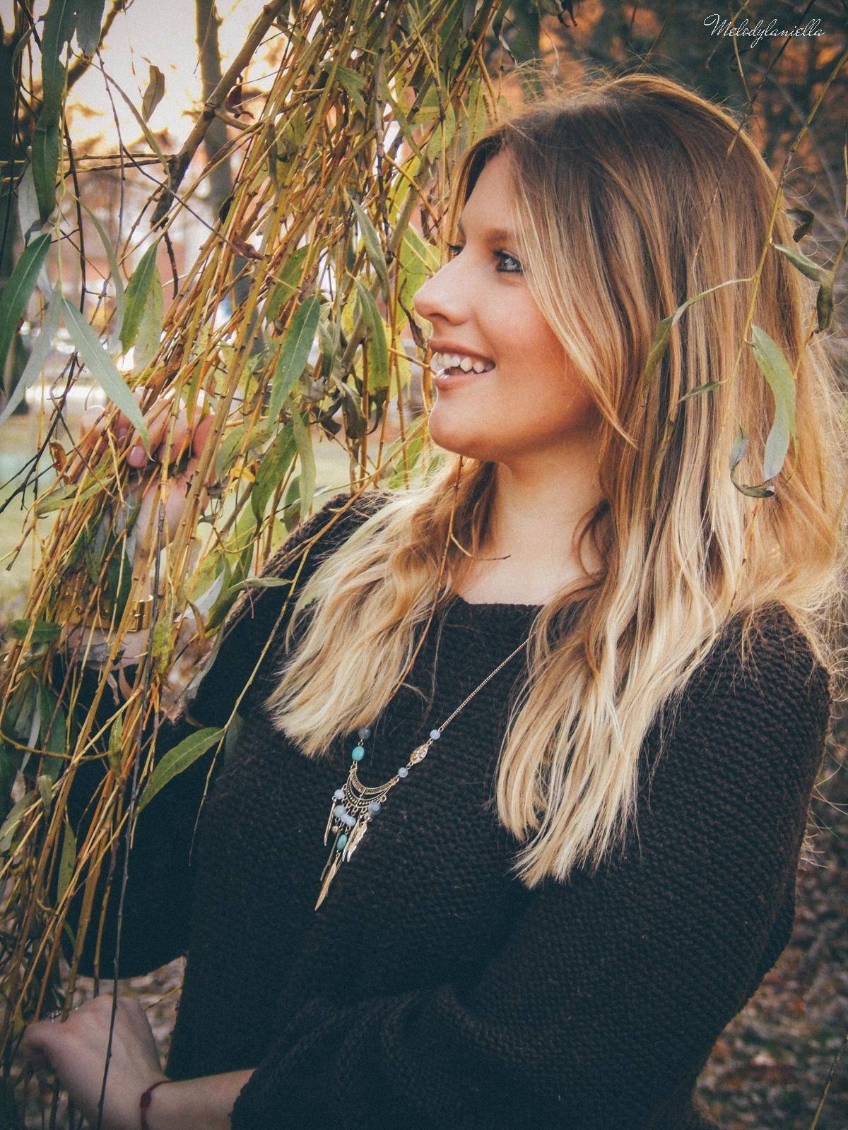 6. jesienna stylizacja tutu tiulowa spódnica dla dorosłych brązowy sweter torebka manzana melodylaniella autumn style fashion ciekawa stylizacja na jesień brązowa spódnica styl