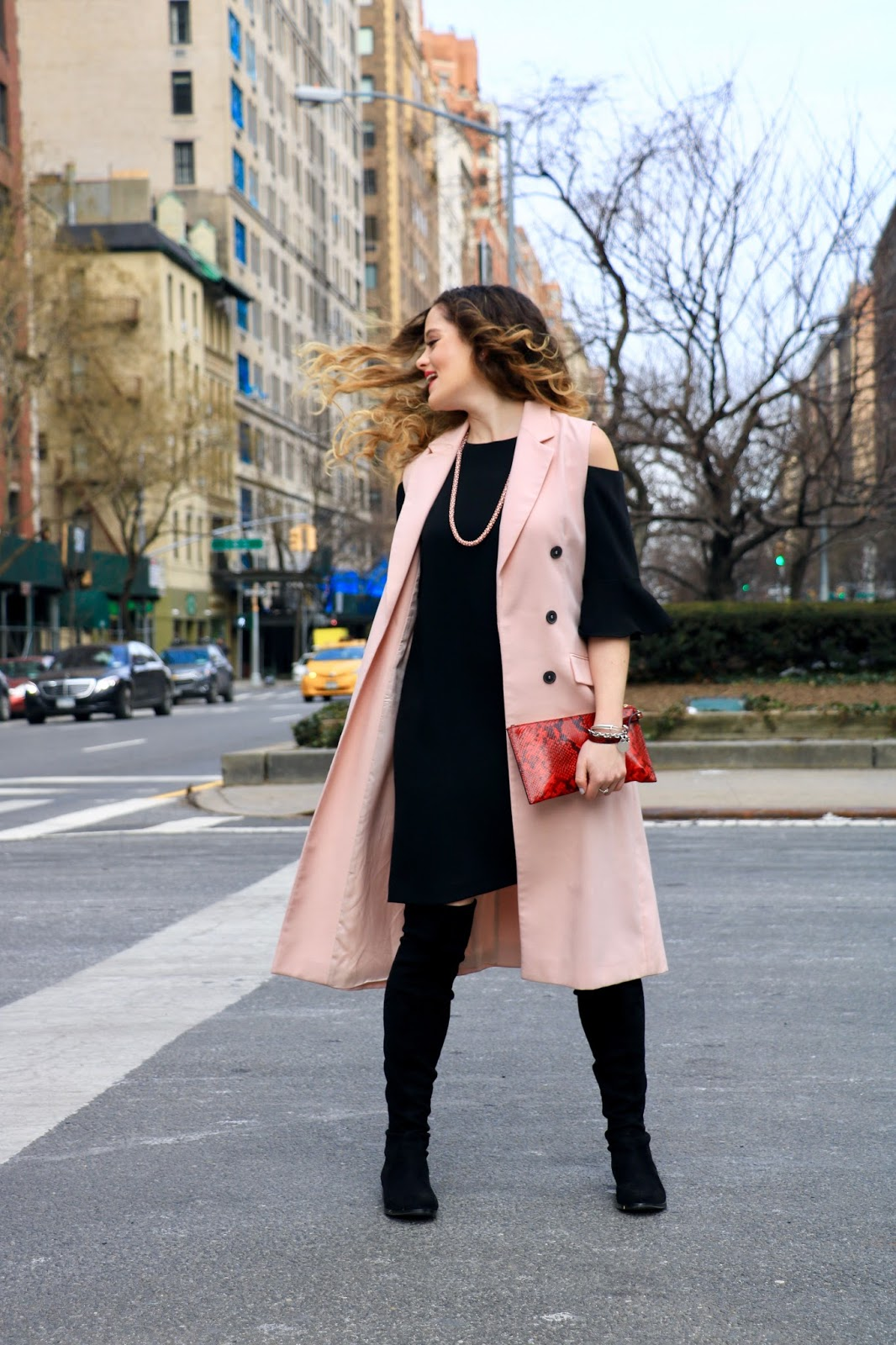 Nyc fashion blogger Kathleen Harper's fashion week street style