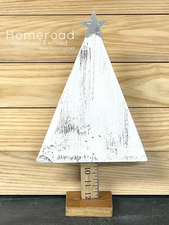 DIY Rustic Christmas Trees. Homeroad.net