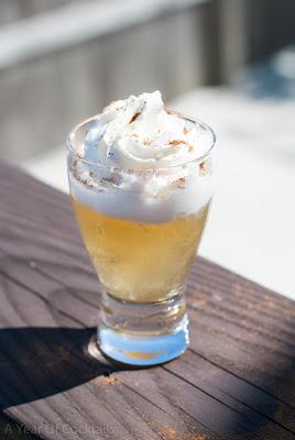 hot lil honey cocktail shot, honey whisky, jack daniels tennessee honey, fireball whisky, cinnamon whisky, frangelico, hazelnut liqueur