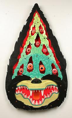 Monstruo hecho con madera