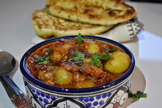 Dum aloo / Baby potato curry