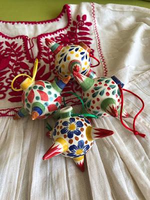 Piñata shaped ornaments Camino Silvestre