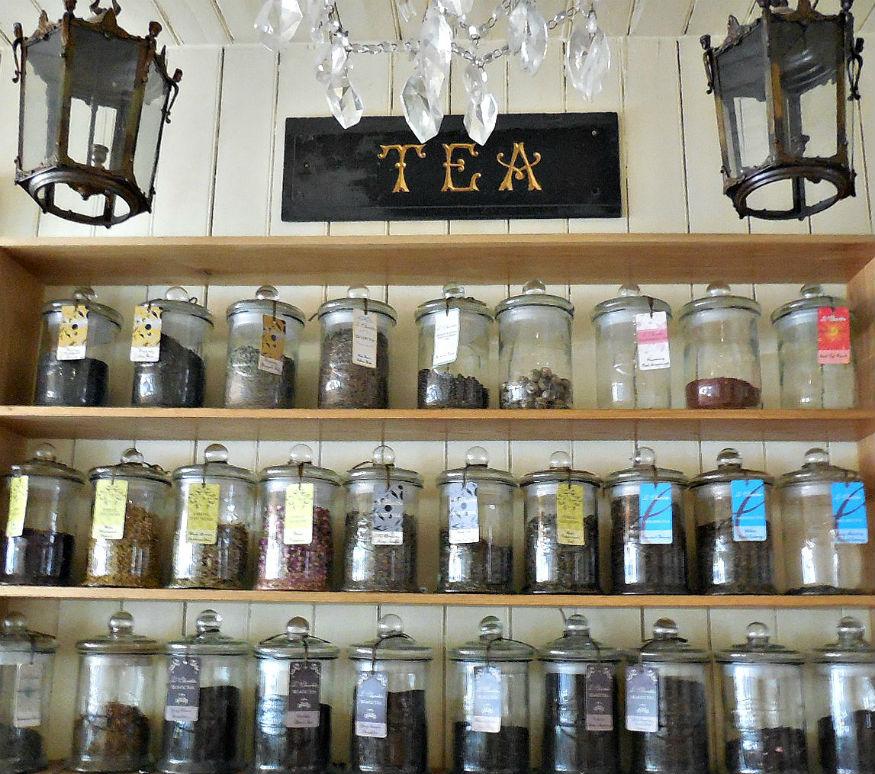 Le Chandelier Cafe Restaurant Types of tea
