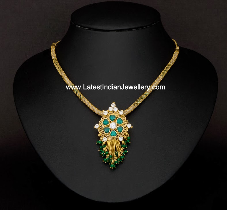 Light Weight Emerald Gold Necklace Latest Indian