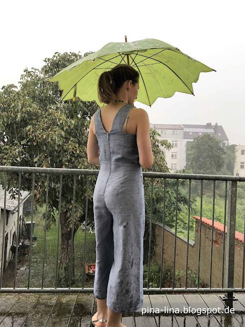 Auch ganz hübsch von hinten: Jumpsuit Iris. Das Schnittmuster ist aus der La Maison Victor