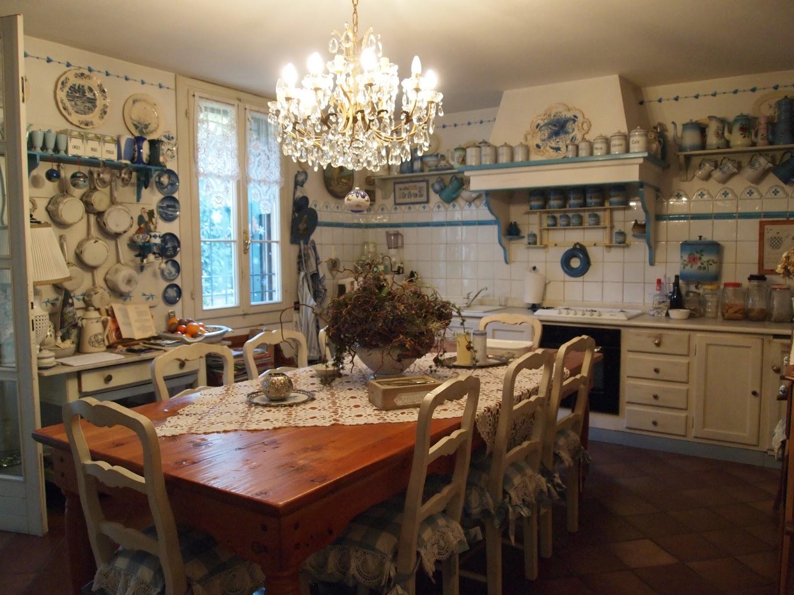 Bottega del decoro arredo casa di campagna for Immagini interni case di campagna