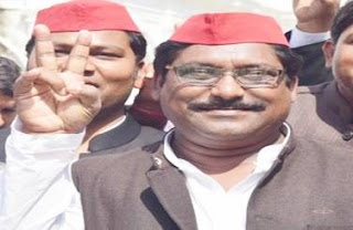 sp-win-on-both-the-seats-of-by-election-of-lok-sabha
