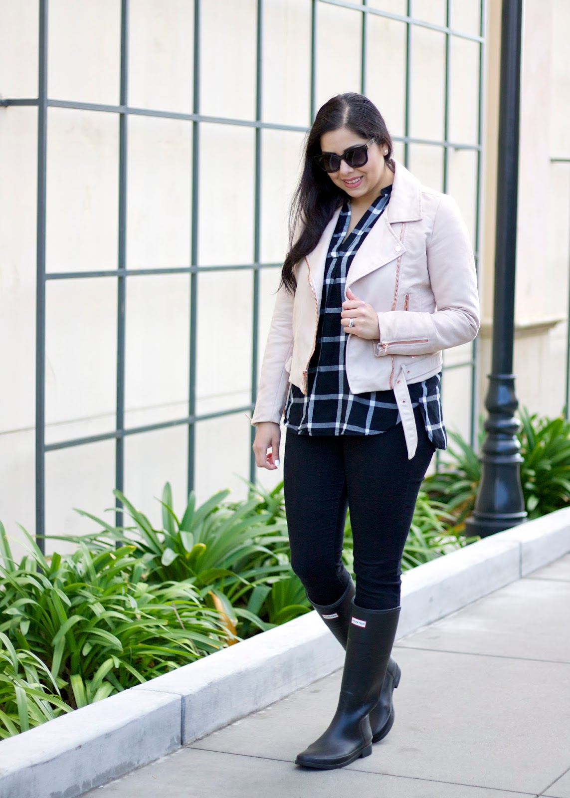 San Diego Fashion Blogger, winter 2016 outfit, winter fashion, san diego winter fashion, how to wear hunter boots