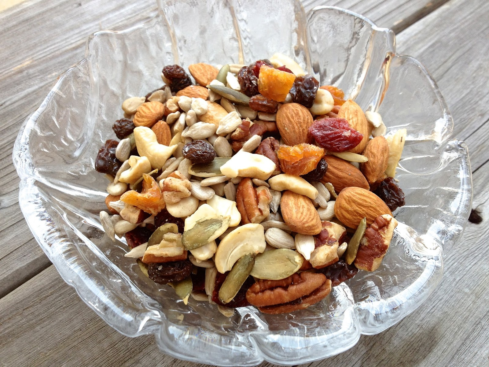 Healthy Kids Snack Diy Trail Mix Healthy Journey Cafe