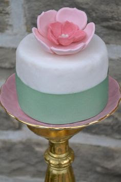 mini wedding cake - green and pink