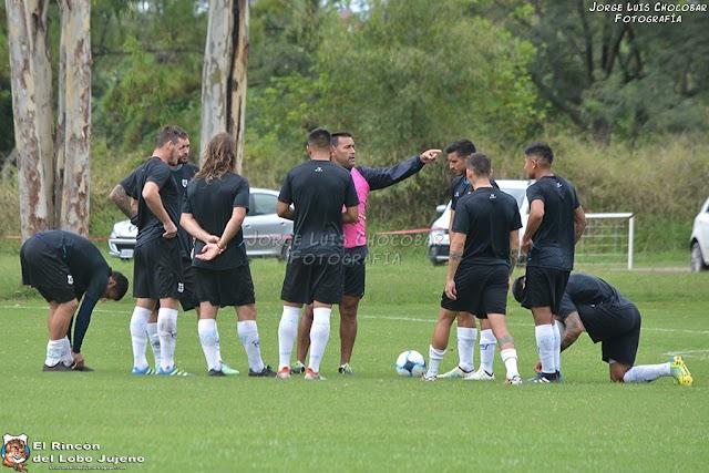 Gimnasia viajó a Paraná con variantes en el equipo