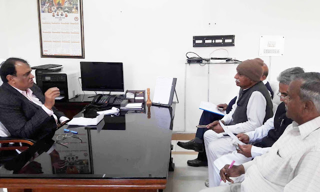 Additional Deputy Commissioner Jitendra Dahiya took a meeting with the city and rural voting