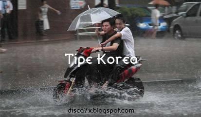 Pengendara Korea Hujan