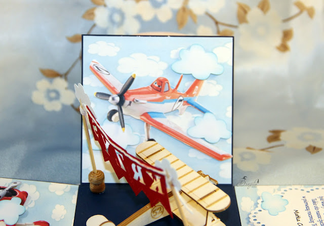 bajka samoloty, pudełeczko na urodziny, prezent dla chłopca, pomysł na prezent, na roczek