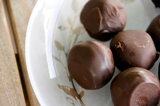 Trufas falsas de chocolate