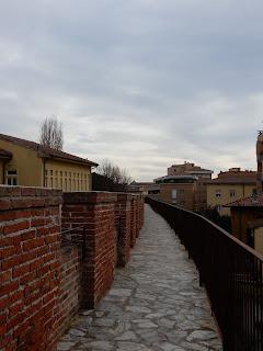 ピサの城壁