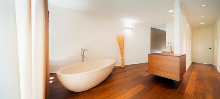 Bathroom in Beautiful House Lombardo by Philipp Architekten