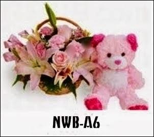 Bunga Rangkain Bunga dan Boneka