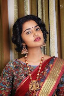 Anupama Parameswaran Gorgeous in Saree Photos