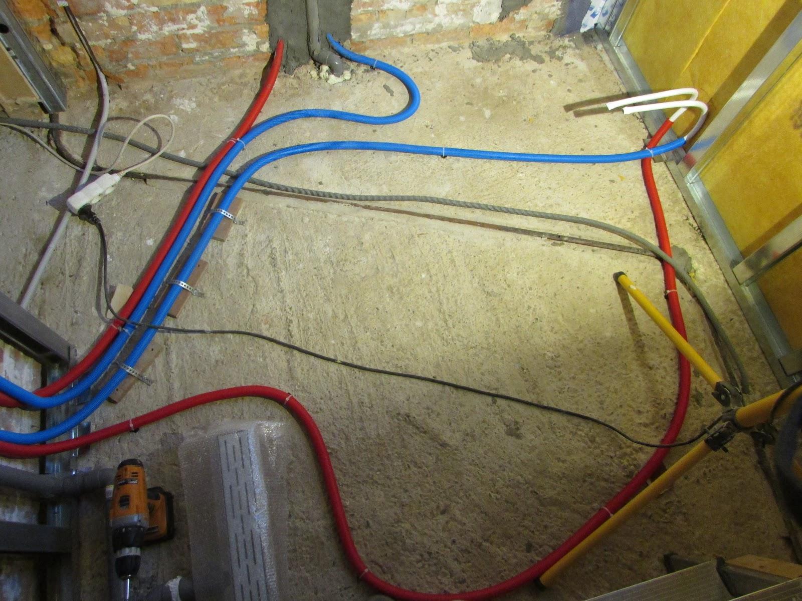 verbouwing van ons ouderlijk huis: verwarmingsleidingen en ...