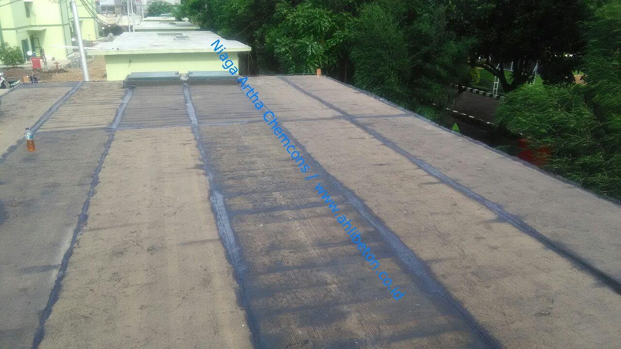 Waterproofing Membrane Bakar Pada Dak Atap
