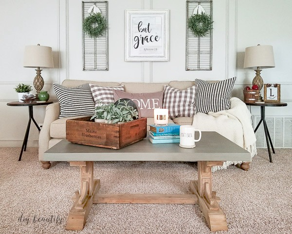 concrete top rustic farmhouse coffee table  | diy beautify