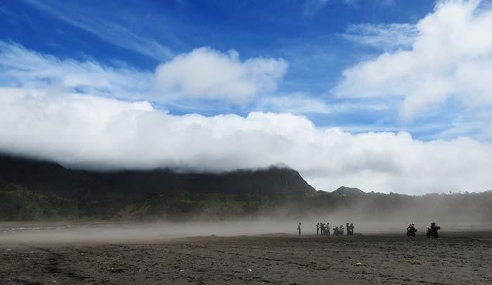 Badai Pasir di Lautan Pasir Bromo